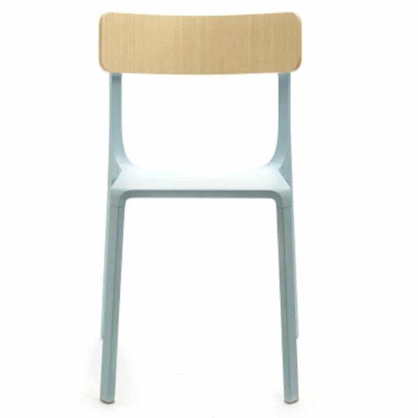chaise-restaurant-design-bleu-clair-dossier-bois-ruelle-infinti