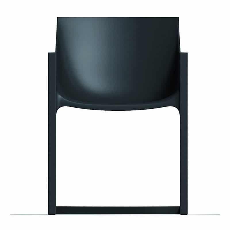 fauteuil-empilable-noir-plastique-exterieur-interieur-wall-street-vondom