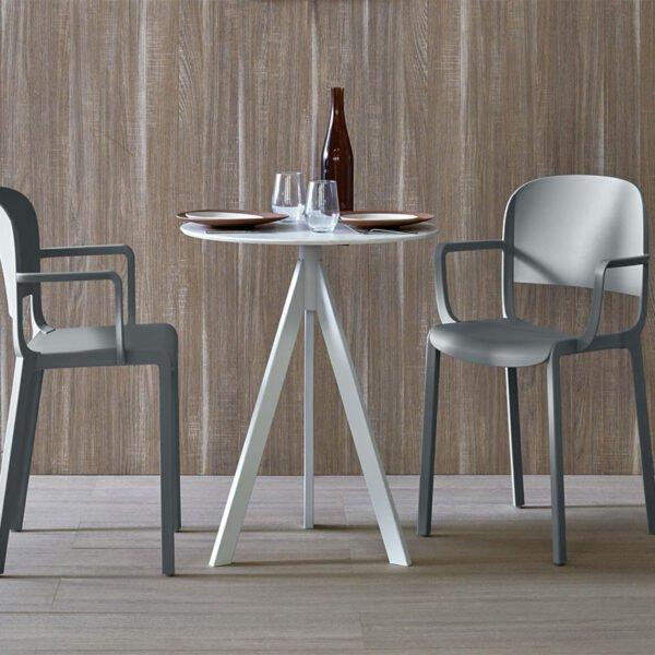 mobilier-restaurant-fauteuils-design-gris-DOME-PEDRALI
