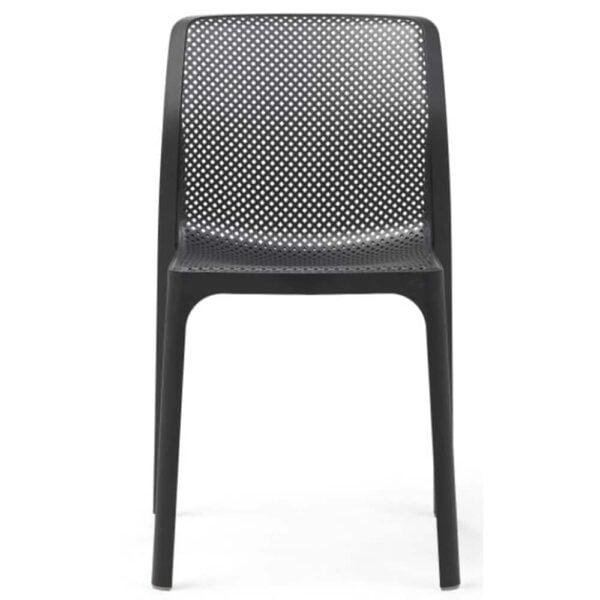 chaise-empilable-terrasse-bar-restaurant-noire-b-i-t