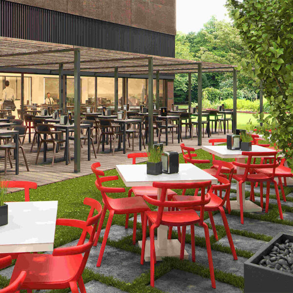mobilier-terrasse-professionnel-chaises-empilables-tokyo-resol