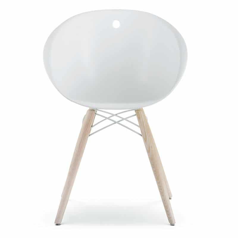 chaise-design-pied-bois-naturel-coque-pvc-blanche-design-gliss-pedrali