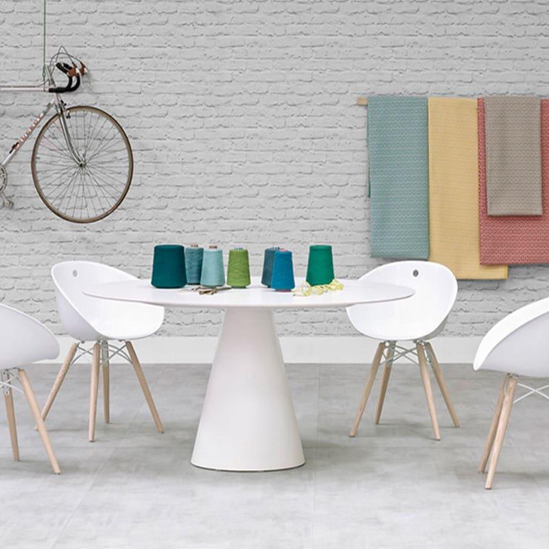 Fauteuils-contemporains-restaurant-gliss-pedrali