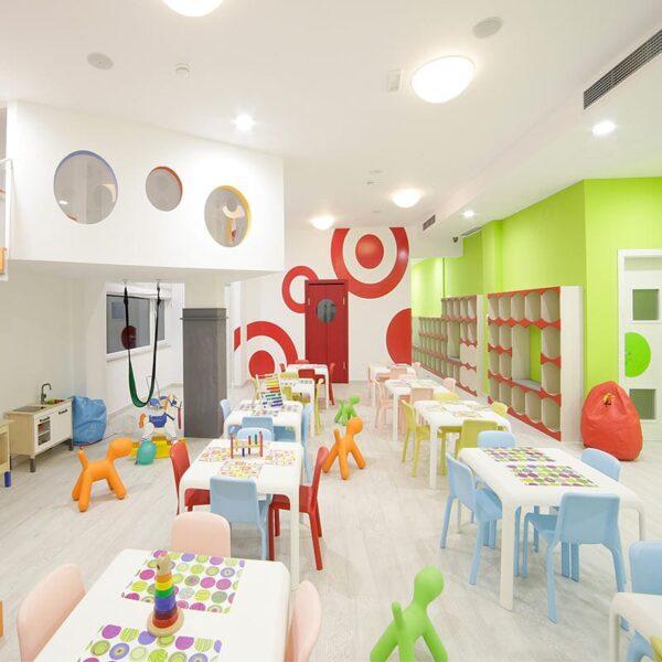 mobilier-enfant-chaises-collectivite-plastique-design-snow-pedrali