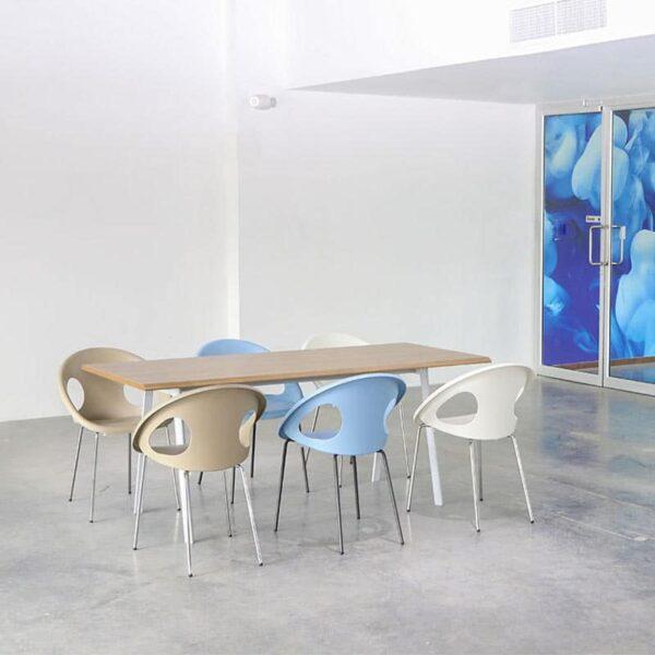 mobilier-entreprise-professionnel-fauteuils-design-empilables-reunion-drop-scab