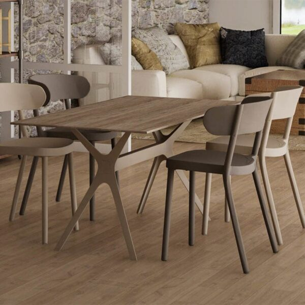 chaises forme bistrot empilables plastique casino resol