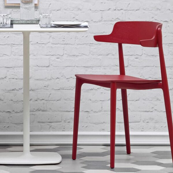 mobilier-restaurant-table-blanche-carree-moderne-stylus-pedrali