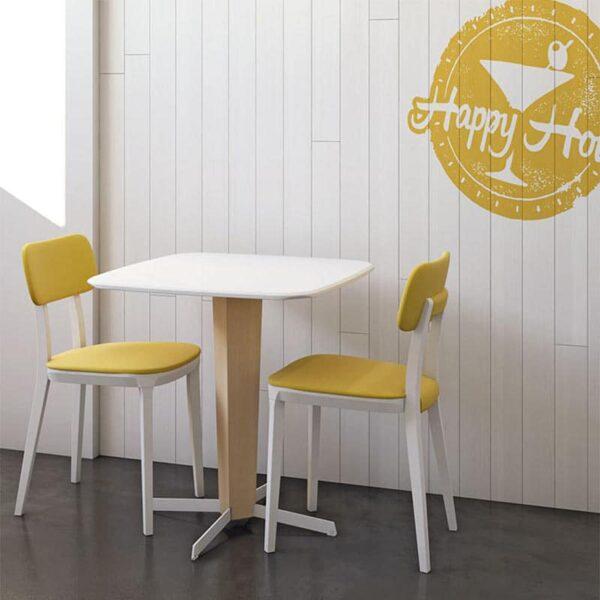 mobilier-restaurant-table-originale-pied-bois-plateau-blanc-porta-venezia-infiniti