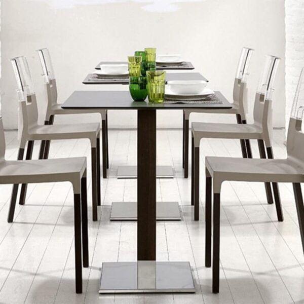 Mobilier-restaurant-table-pied-central-bois-design-tiffany-natural-scab