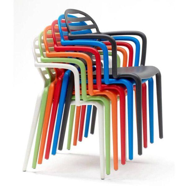 mobilier-terrasse-chr-fauteuils-empilables-cokka-scab