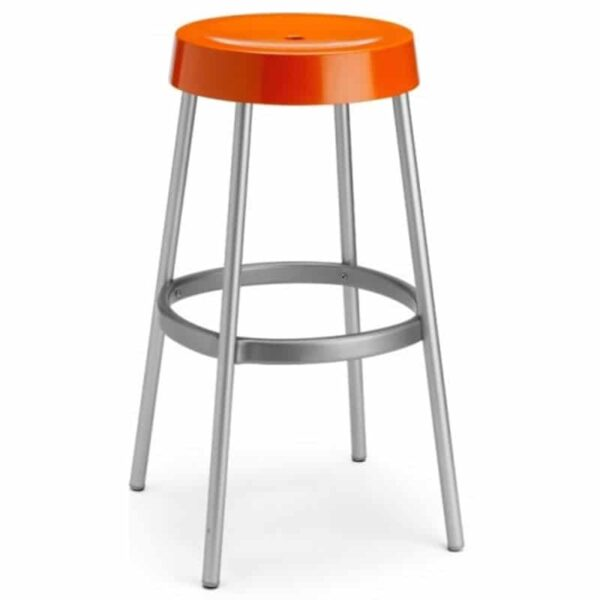 tabouret-plastique-orange-empilable-mobilier-chr-restauration-gim-scab