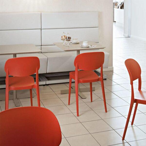 meubles-restaurant-mobilier-italien-chaises-amy-alma-design