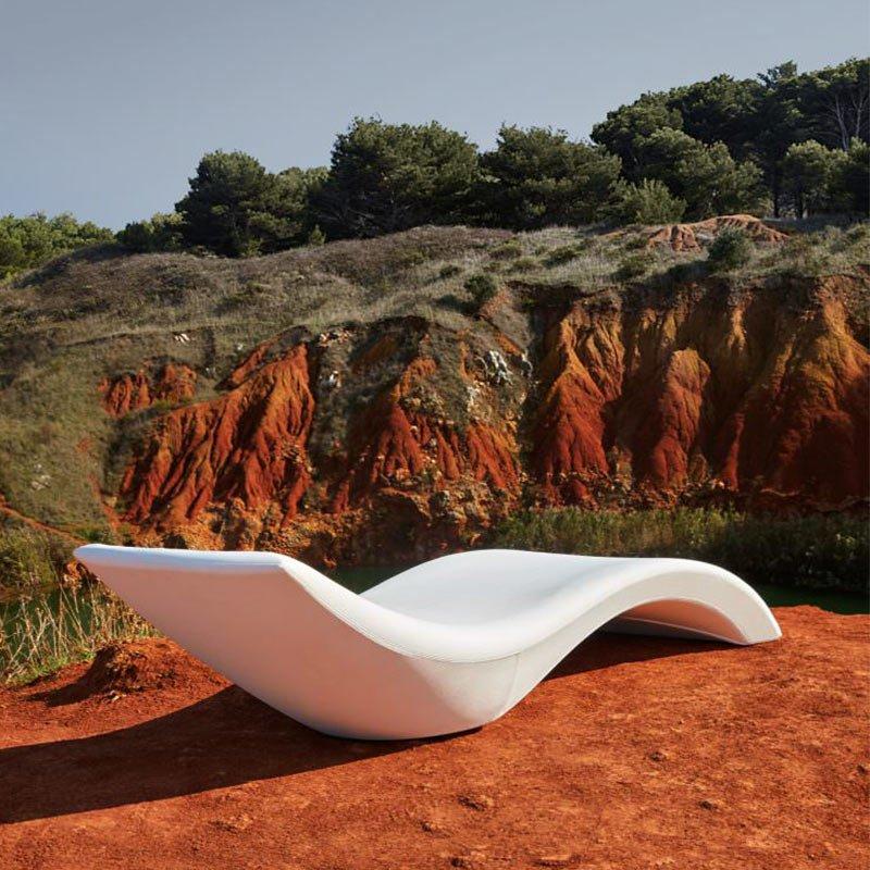 mobilier-professionnel-bain-de-soleil-design-blanc-cloe-myyour