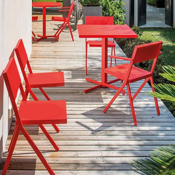 mobilier-terrasse-metal-fauteuil-rouge-accoudoirs-mia-emu