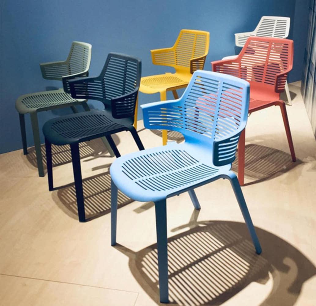 fauteuils-plastique-design-empilables-ikona-resol