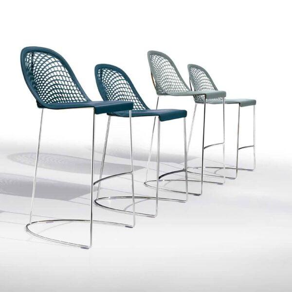 tabourets-bar-cuir-design-guapa-midj-mobilier-italien-design