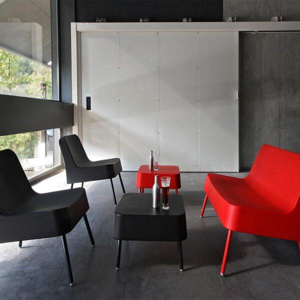 Mobilier-salle-d-attente-sofa-plastique-bob-resol