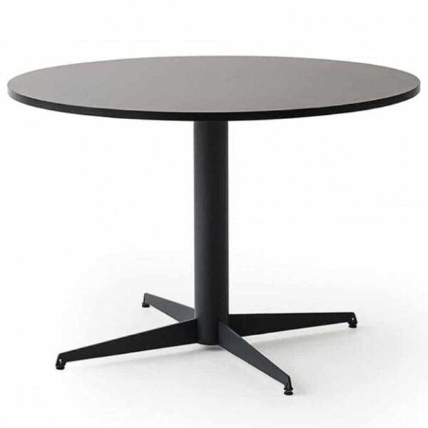 grande-table-ronde-restaurant-noire-alfie-gaber