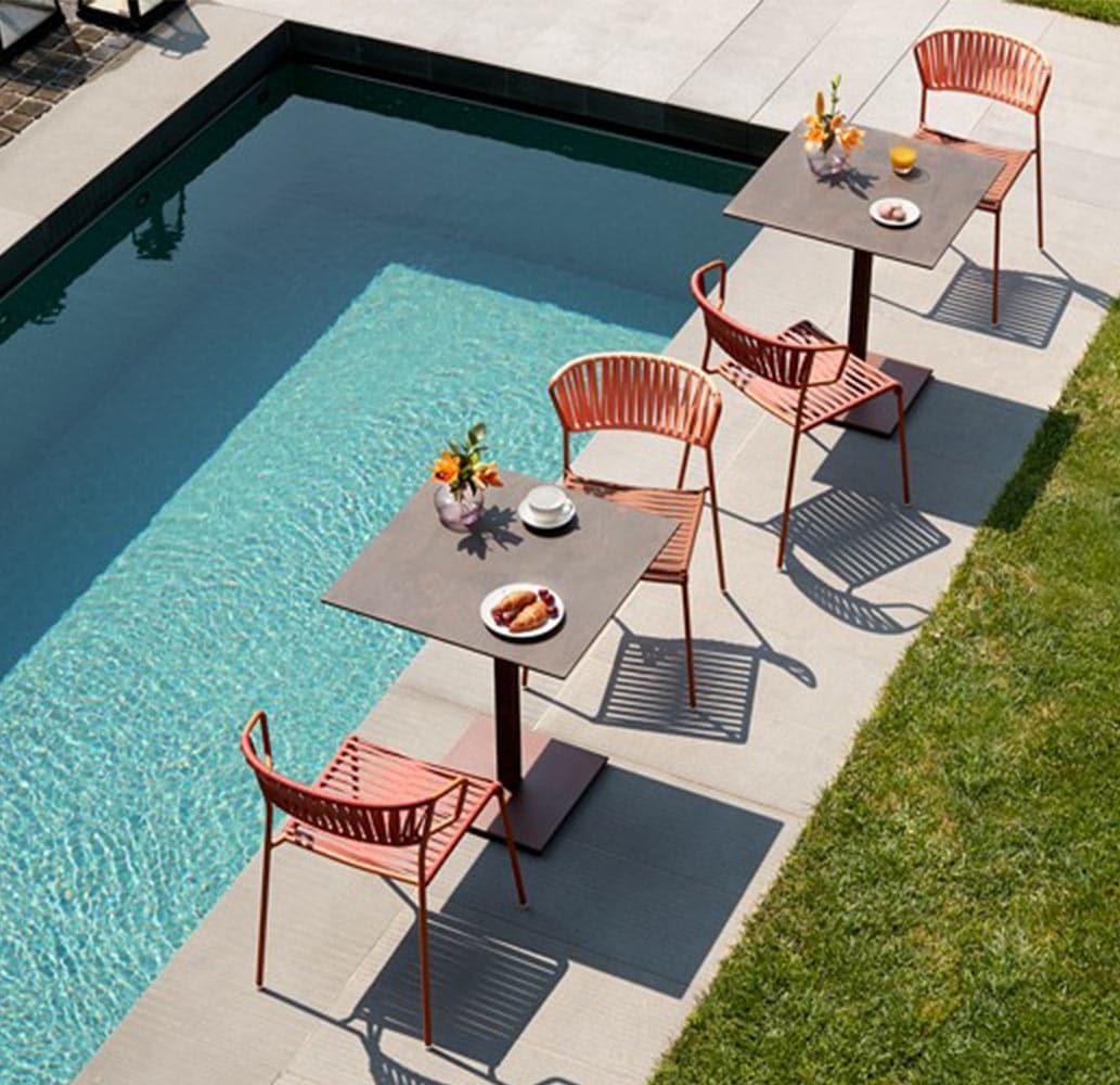 mobilier-terrasse-bar-restaurant-tables-design-chr-corten-scab.jpg