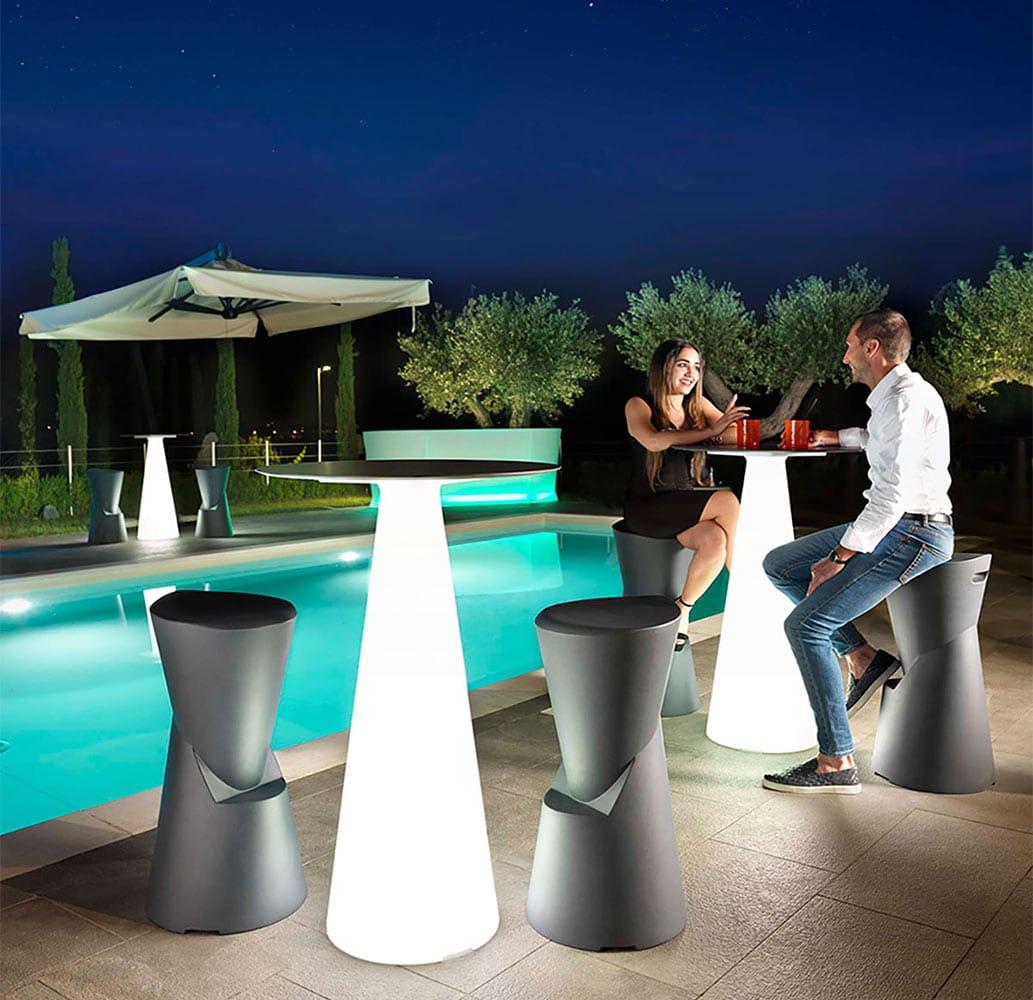 mobilier-terrasse-chr-tabourets-monobloc-design-dot