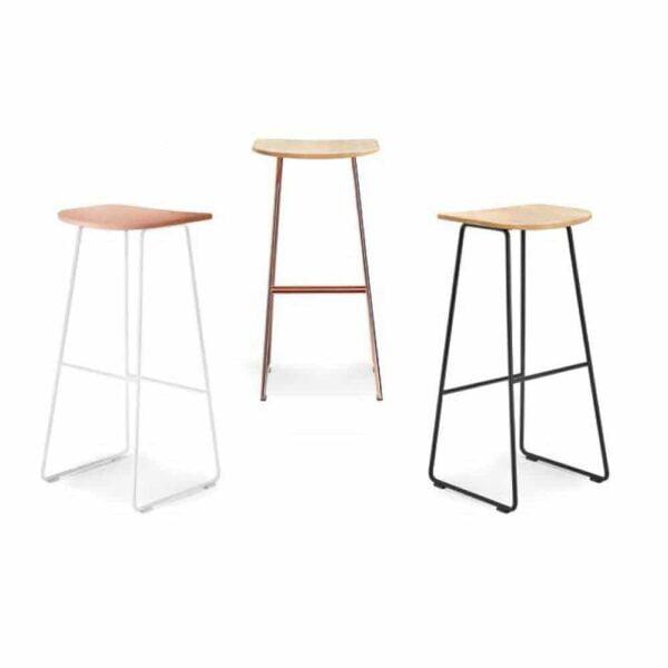 tabourets-bar-design-assise-bois-acier-noir-klejn-infiniti