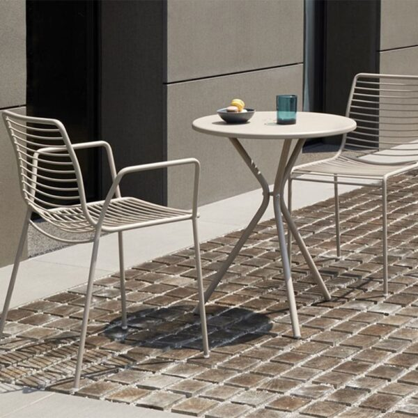 mobilier-metal-terrasse-chr-table-lea