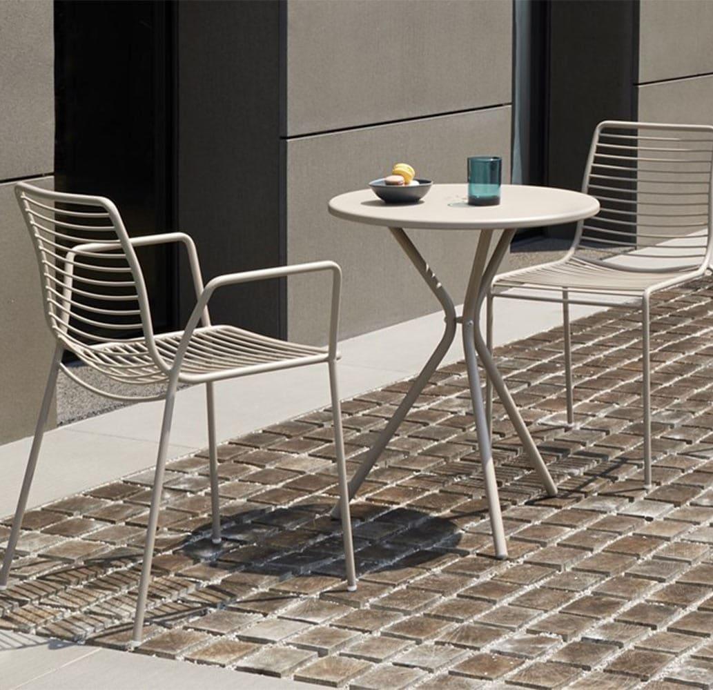 mobilier-metal-terrasse-chr-table-lea