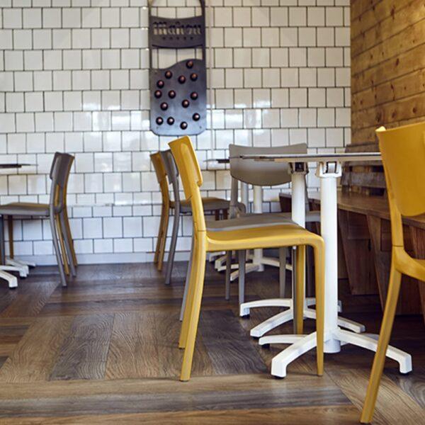 mobilier-professionnel-restauration-tables-chaises