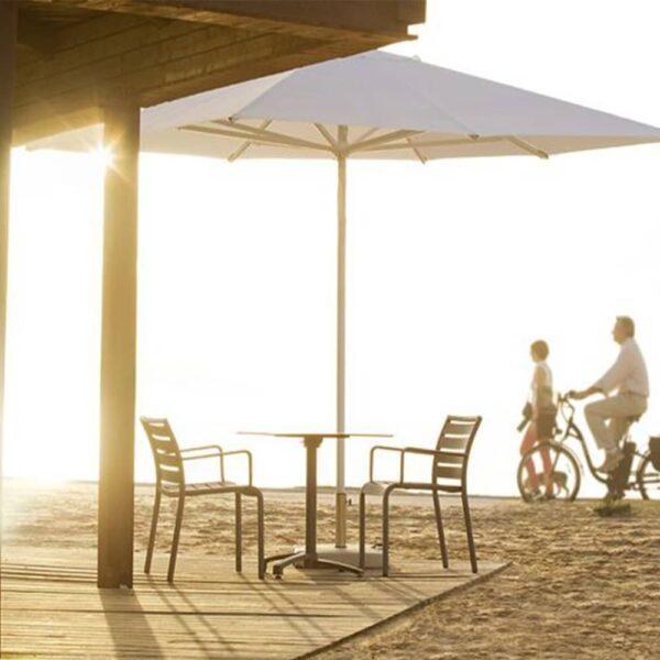 table-terrasse-restaurant-keos
