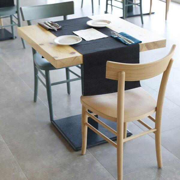 chaise-restauration-bois-clair-moderne-babo