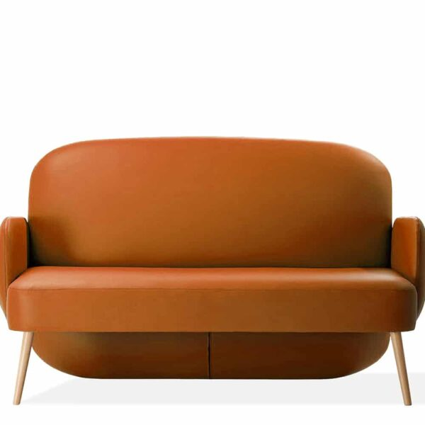 sofa-simili-cuir-deux-places-restaurant-orange-clubby