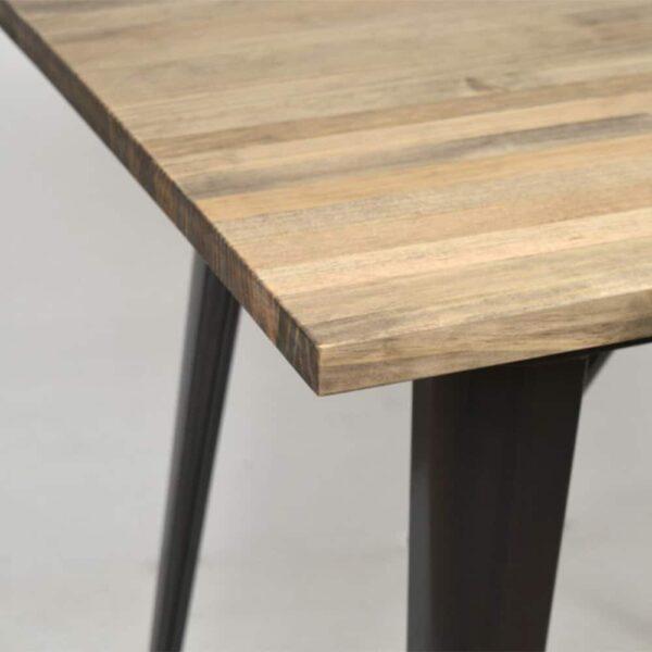 table-restaurant-bois-vintage-tulio