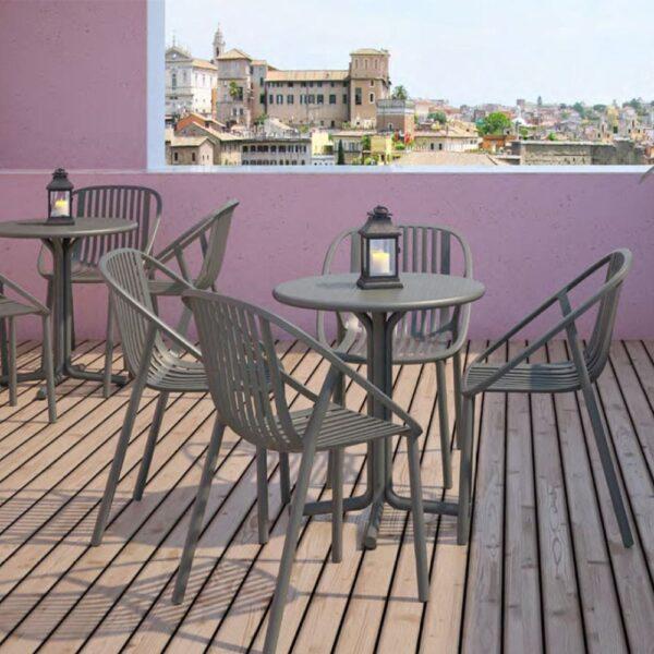 mobilier-terrasse-restaurant-fauteuils-empilables-blini