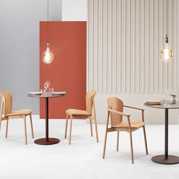 mobilier-restaurant-tables-rondes-effet-cuivre-tco